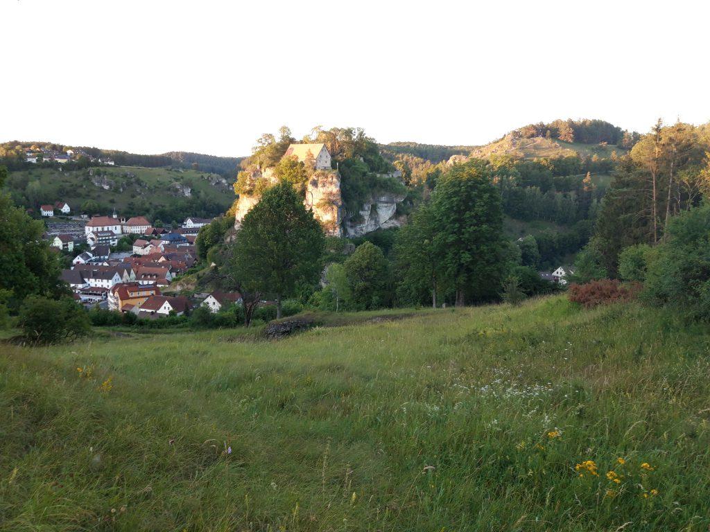 Burg Pottenstein aus Süden